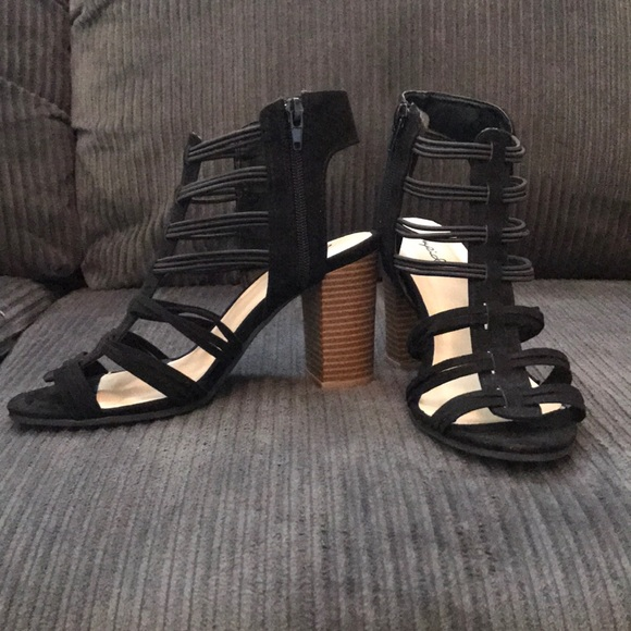 Black Strappy Thick Heels Size